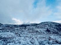 Nakent fjellandskap